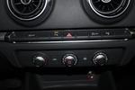 奥迪A3 Sportback2016款35 TFSI 自动领英型 点击看大图