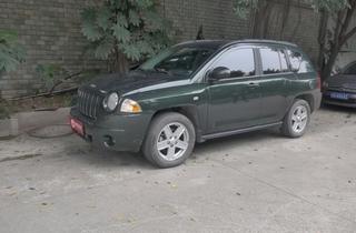 Jeepָ����2010��2.4L �˶���