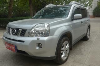 日产奇骏2010款2.5L CVT旗舰版 4WD
