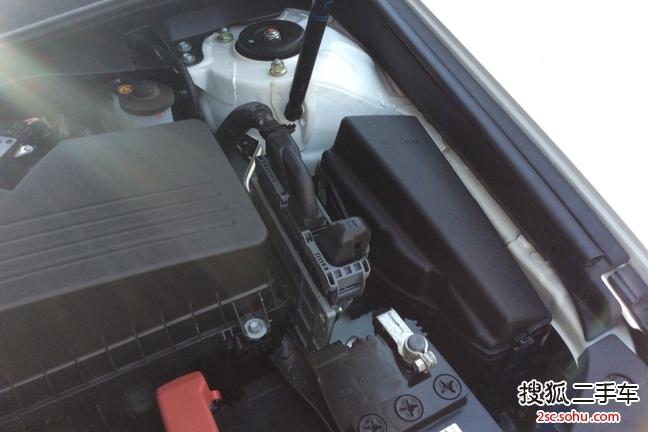 哈尔滨二手丰田凯美瑞2013款2.0g 舒适版 15.6万元