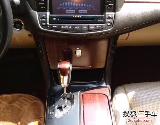 深圳二手丰田皇冠2011款2.5l royal 真皮天窗特别版 .