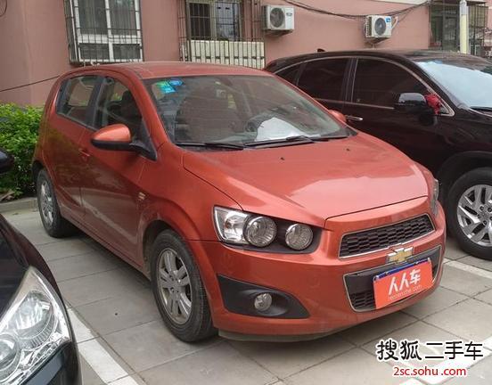 北京二手雪佛兰爱唯欧两厢2011款1.4se 手动 3.2万元