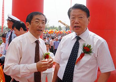殷大奎先生亲临运城空港医院开业庆典